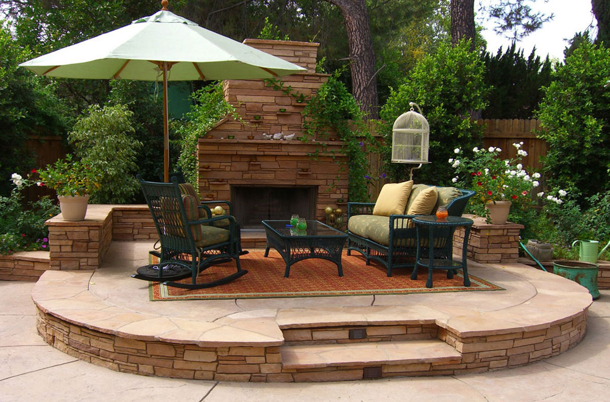 Decoration-beautiful-rooftop-patio-designs-surrounded-green-garden-ideas